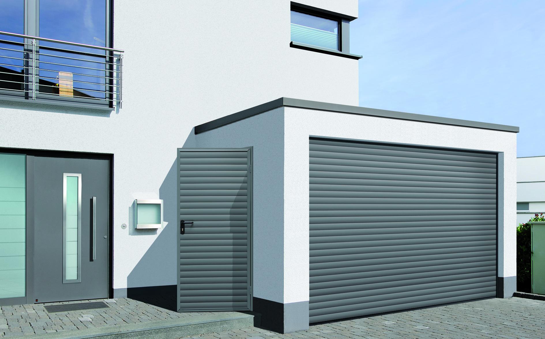 Porte de garage RollMatic motorisée
