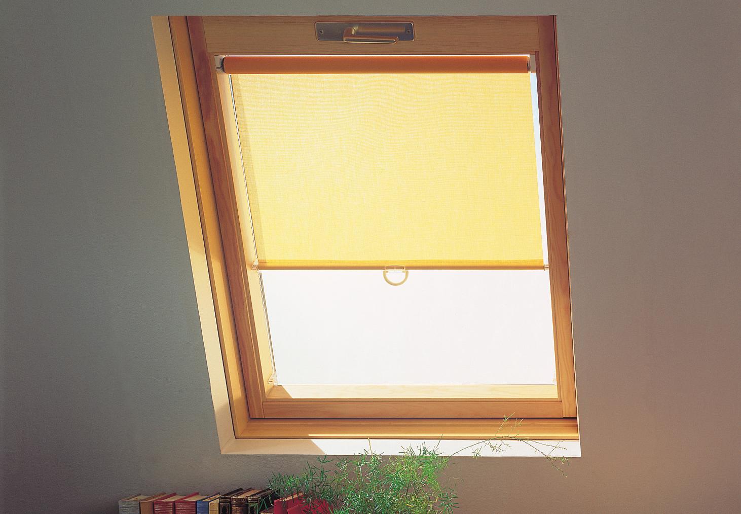 Store fenêtre de toit Rideau